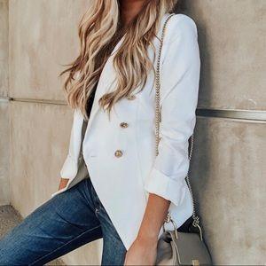 ⚜️ VICI Dolls Do+Be white blazer